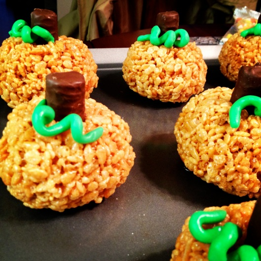 Pumpkin Rice Krispies with Vines by My Life as a Trophy Wife