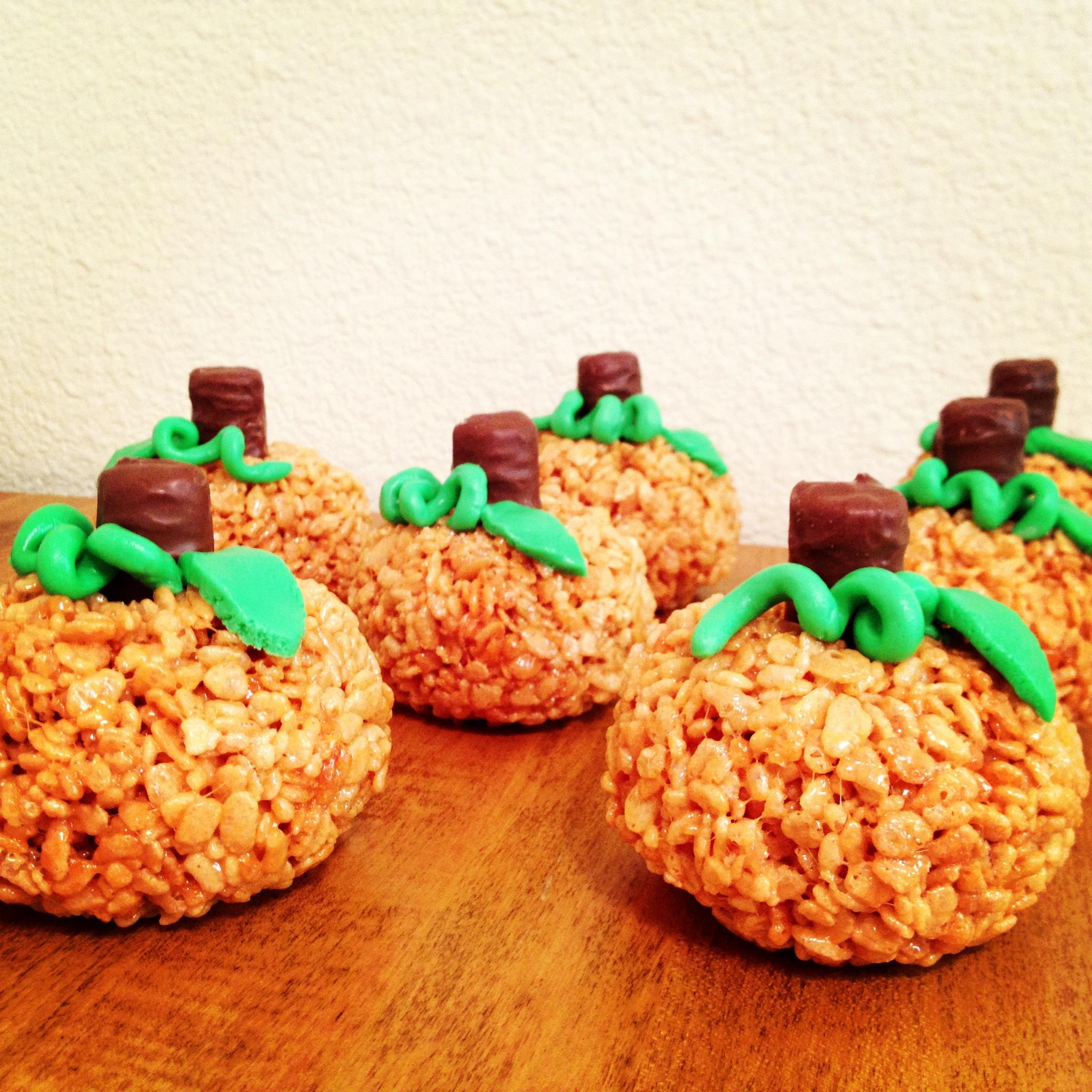 Pumpkin (shaped) Rice Krispie Treats